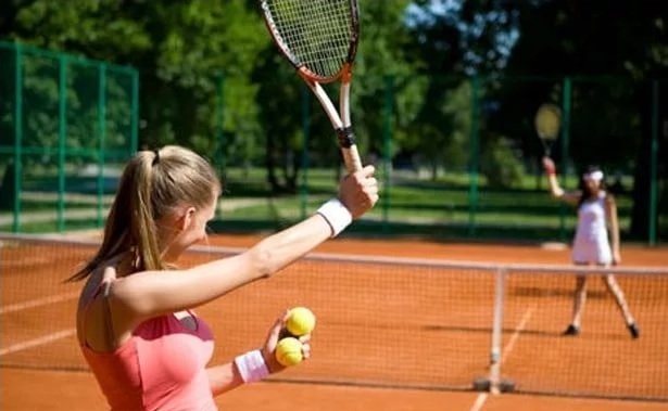 Занятия большим теннисом — это круто