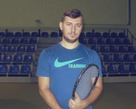 Тренер по большому теннису: Дурманов Игорь Владимирович